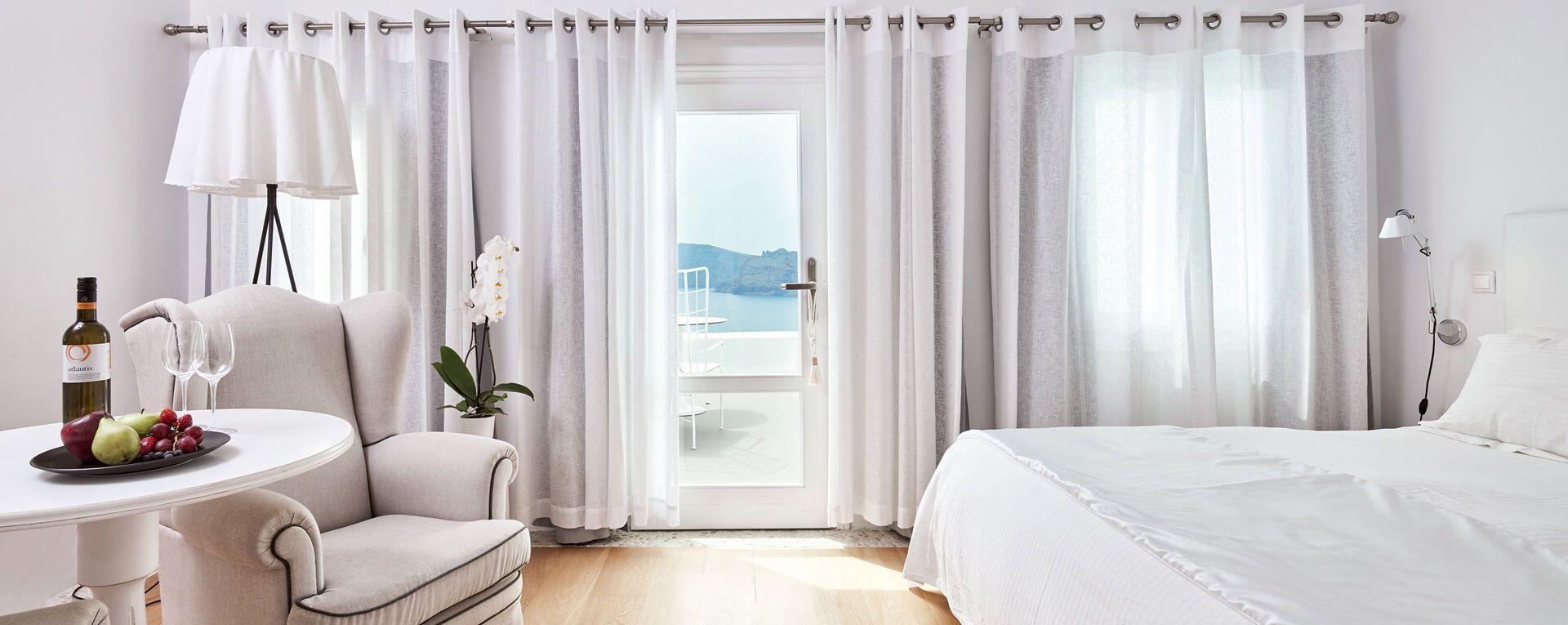 Kirini, Santorini