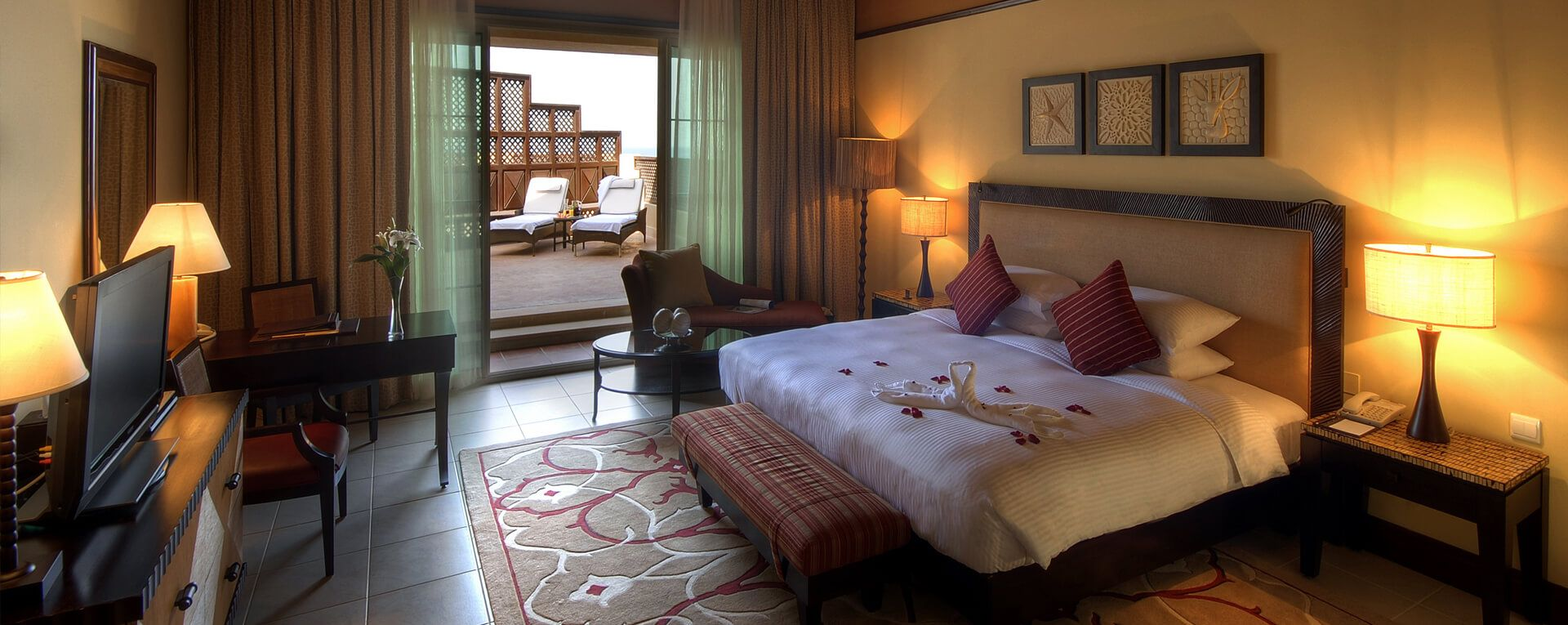 Anantara Desert Islands Resort & Spa