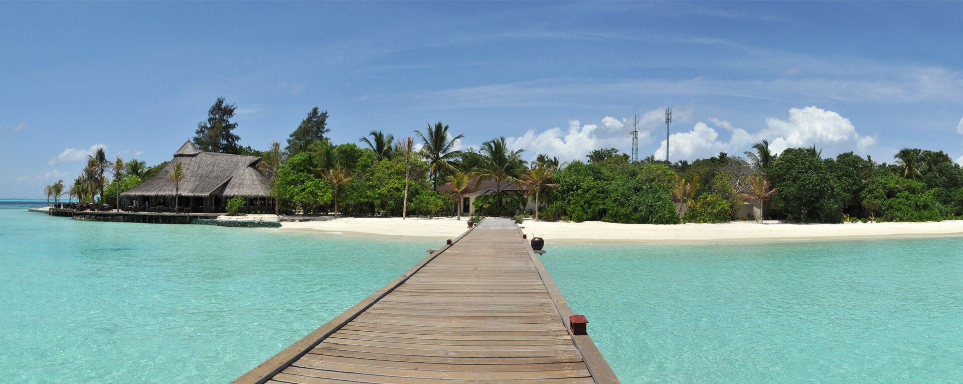 Komandoo Maldives Resort