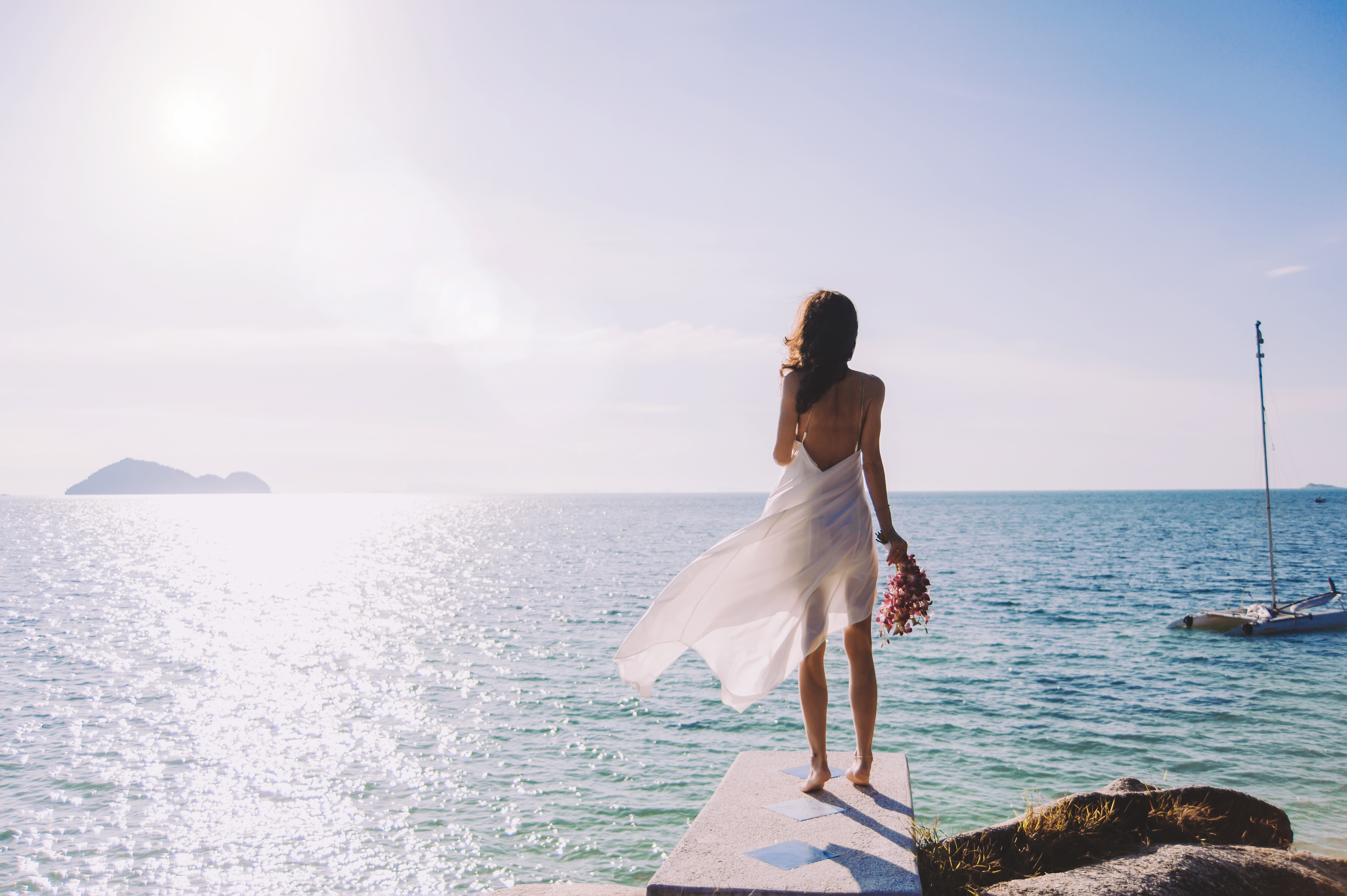 What to wear to a wedding abroad